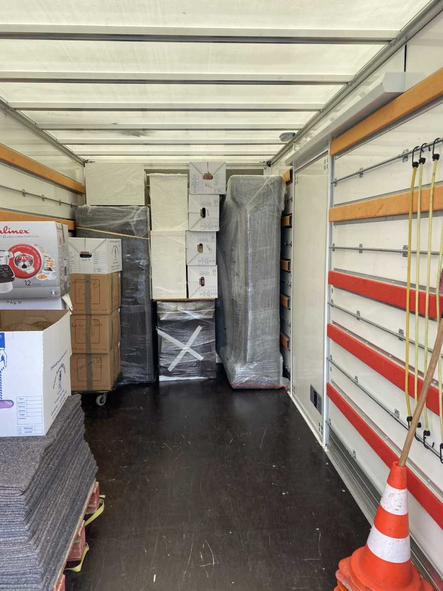 JP Martinez demenagement camion 3  rotated